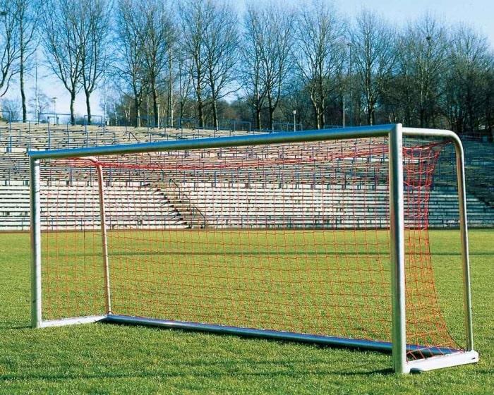 Jugendfußballtor Aluminium 5 x 2 m  vollverschweißt Bodenrahmen 120x100mm Netztiefe 80/150 cm