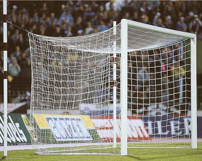 Fußballtor Alu weiß 7,32 x 2,44 m mit freier Netzaufhängung eckverschraubt